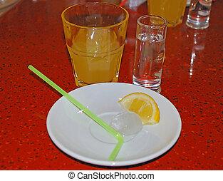 vetro, lobulo, succo limone