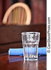 vetro, su, tavola, a, ristorante