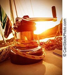 vev, handtag, av, yacht, på, solnedgång