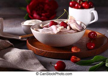 višně, knedlíky, deska, dřevěný