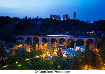 Viaduc (Passerelle) view at night in Luxembourg - Viaduc (...