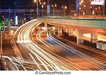 viaduc, rampe, pistes lumière