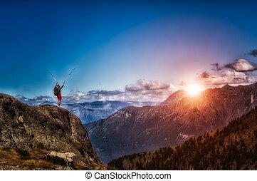 viajando arduamente, en, el, montaña