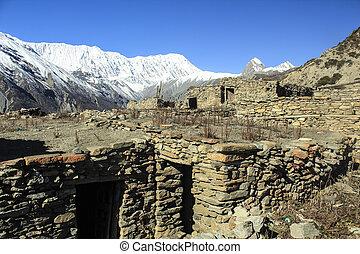 viaje dificultoso, nepali, manaslu, curciut, aldea, montañas., himalaya
