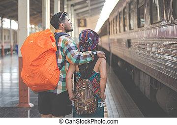 viaje tren, station., turistas