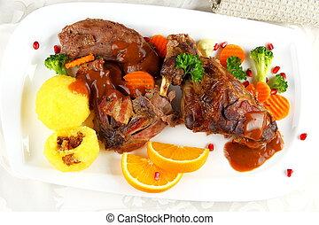 viande, boulettes pomme terre, légumes, lapin, braisé