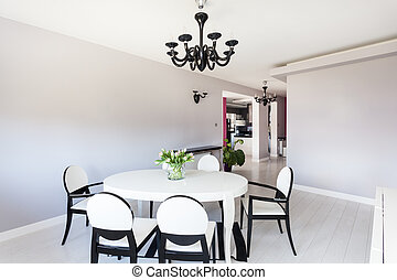 Vibrant cottage - dining room