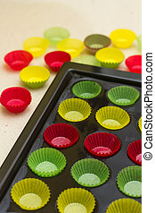 Vibrant cupcake wrappers (backing cups) in silicon/metal  tray
