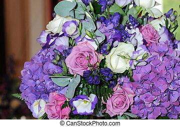 Vibrant wedding flowers.