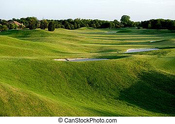 vibrante, verde, campo de golf