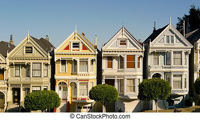 Victorian houses in Alamo Square, San Francisco