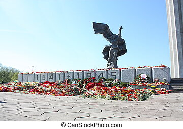 Victory Memorial to Soviet Army and Mother Motherland after ...