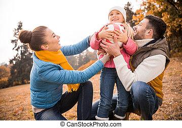 vidám család, játék, dísztér