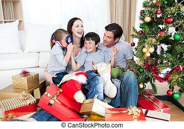 vidám család, játék, noha, christmas tehetség