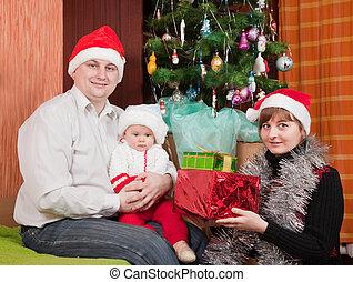 vidám család, közel, karácsonyfa