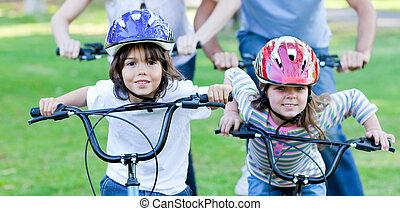 vidám, gyerekek, elnyomott bicikli