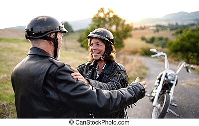 vidéki táj, jókedvű, motorkerékpár, párosít, mozgó...