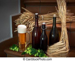vida, todavía, botellas, cerveza