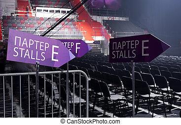 vide, parterre, dans, a, concert, hall.