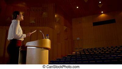 vide, pratiquer, auditorium, femme affaires, caucasien, 4k,...