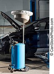 vide, réparation auto, garage, attente, pour, travail, mécanicien, changer, les, huile, de, a, voiture, à, une, auto, magasin