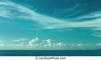The sky over the ocean. Daytime timelapse