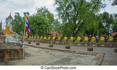 Wat Yai Chai Mongkol. Thailand. Ayuthaya - Video 1080p - Wat...
