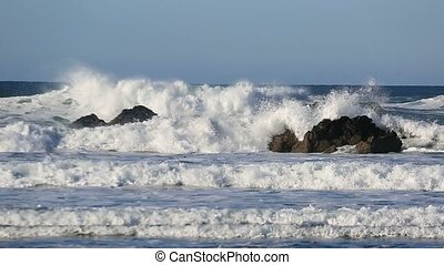 Video of crashing waves along Pacific Ocean in Cannon Beach...