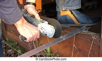 Video of man with circular saw