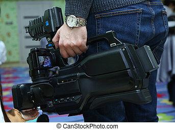 videographer, tã©lã©viseur, opérateur, text., fin, sien, fonctionnement, vidéo, gratuite, appareil photo, appareil-photo., couverture, prend, equipment., espace, copie, haut, événement