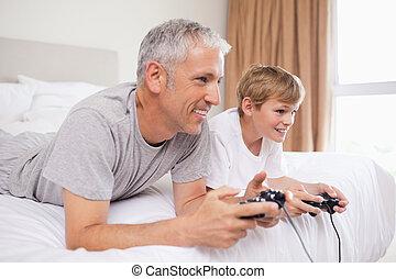 videospiele, seine, vater, sohn, spielende , glücklich