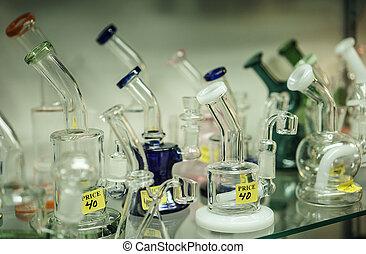 vidrio, agua conduce tubería, en la exhibición, en, un,...