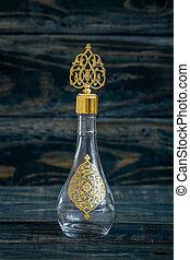vidrio, colonia, botella, con, otomano, patrón, y, metal, tapa
