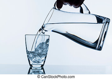 vidrio, con, agua, y, jarra