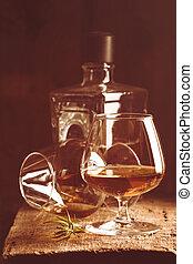 vidrio, de, aguardiente, o, coñac, y, botella