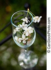 vidro, com, flores, de, um, cereja