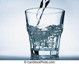 vidro, de, água derramando