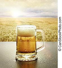 vidro, de, cerveja fria, em, natureza