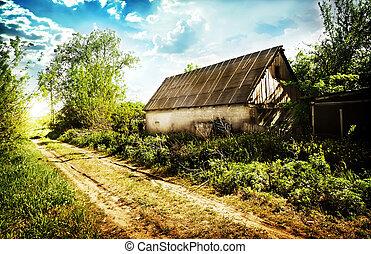 viejo, abandonado, casa, en, un, aldea