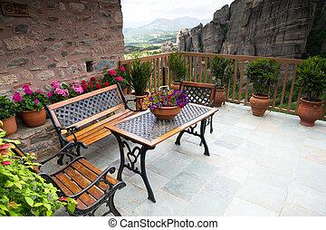 viejo, balcón, monasterio