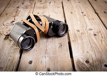 viejo, binoculares