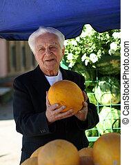 viejo, con, melón