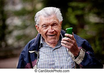 viejo, con, teléfono celular
