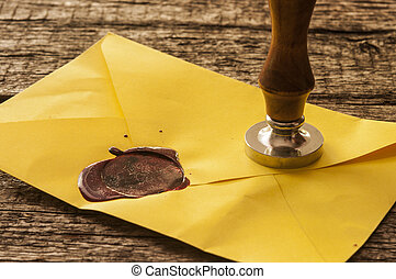 viejo, envíe, con, rojo, sello de lacrar, sellos