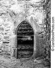 viejo, gótico, arco, puerta, en, medieval, piedra, castillo, ruina