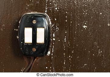 viejo, interruptor eléctrico