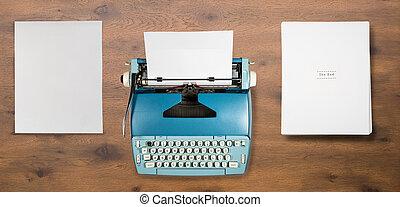 viejo, máquina de escribir eléctrica, en, utilizado, por, autor, para, libro