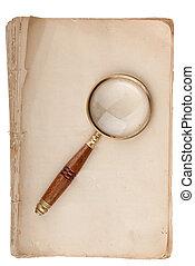 viejo, manuscrito, con, loupe