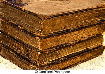 viejo, oro, cuero, cubierta, usado, embossing, libros, hoja, pila