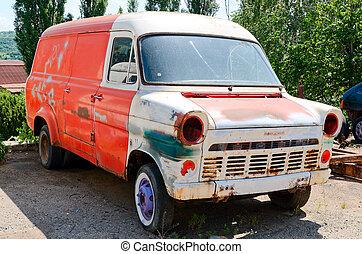 viejo, oxidado, furgoneta, terreno, estacionamiento